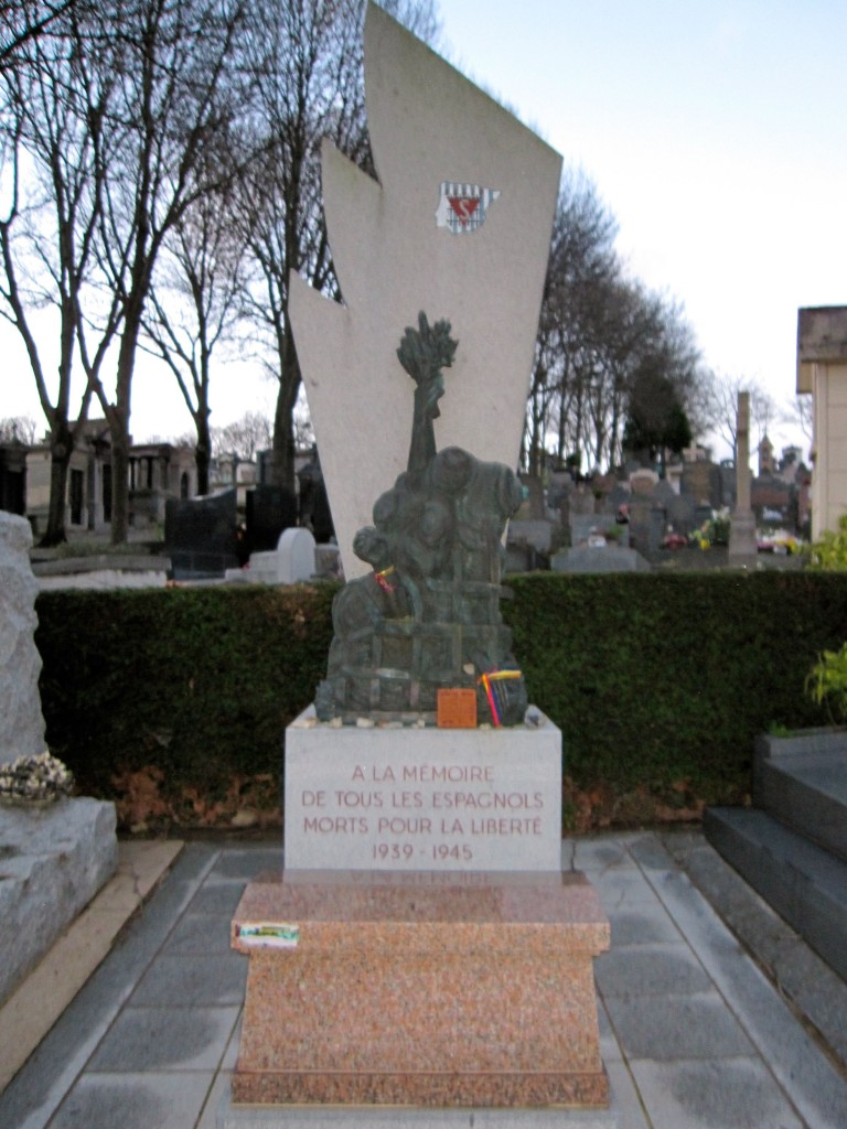 A memorial for the Spanish nationals that died fighting in WWI