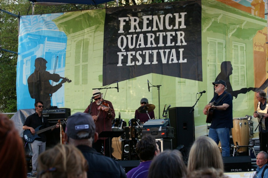 At the Chevron Cajun/Zydeco showcase Beausoleil avec Michael Doucet was performing for an enthusiastic dancing crowd