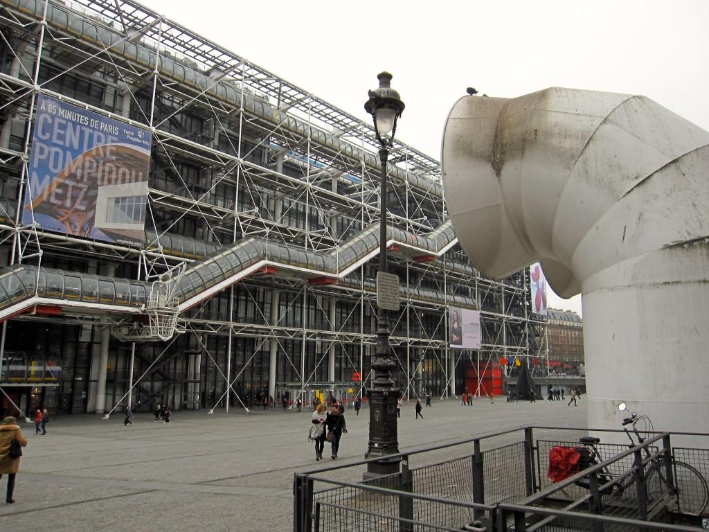 Centre Pompidou, or 'Musée National d'Art Moderne'