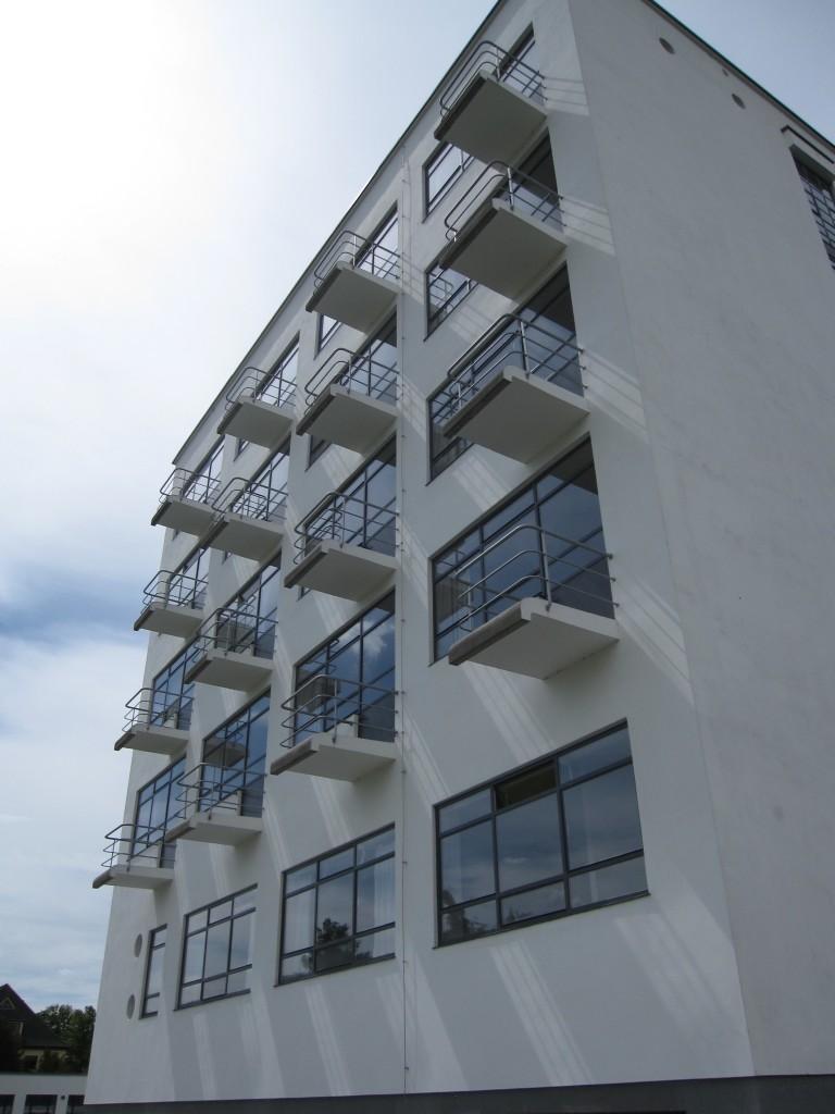 Bauhaus Dessau Gropius Alle 38
