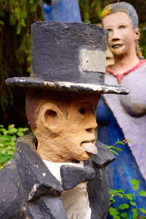 Close-up of Row figure