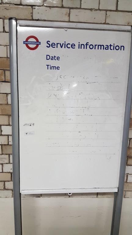 Service Info London Tube