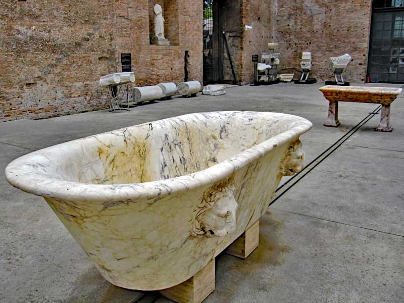 Tub fit for an emperor at the Diocletian baths