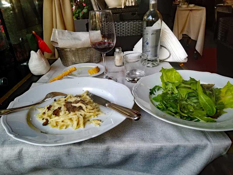 Main dish pasta with black truffles