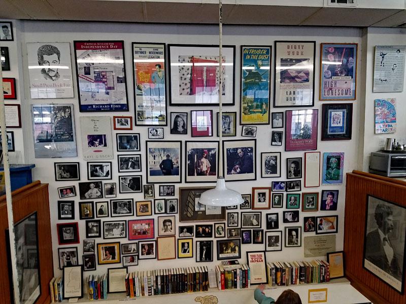 Square books Oxford MS