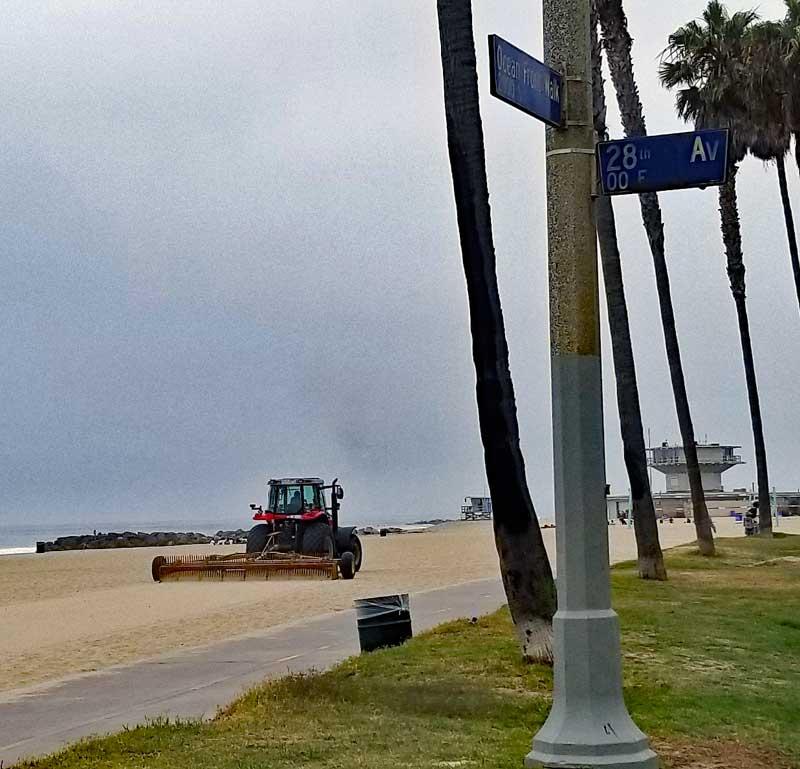 Tillling Venice Beach