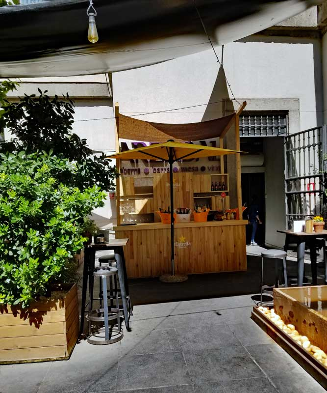 The courtyard with the bar at Arzábal