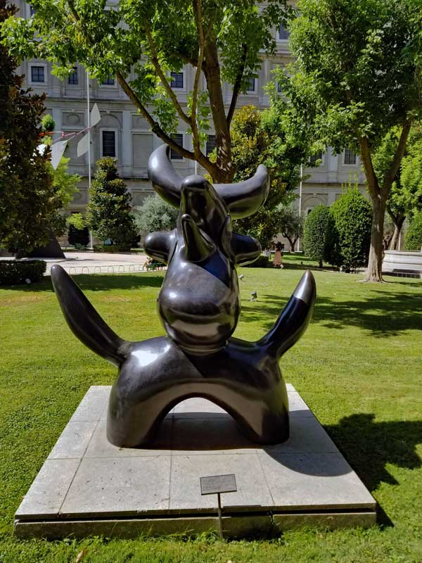 "Oiseau lunaire - ""Moonbird"" Joan Miró (1893-1983) in the Sabatini garden"