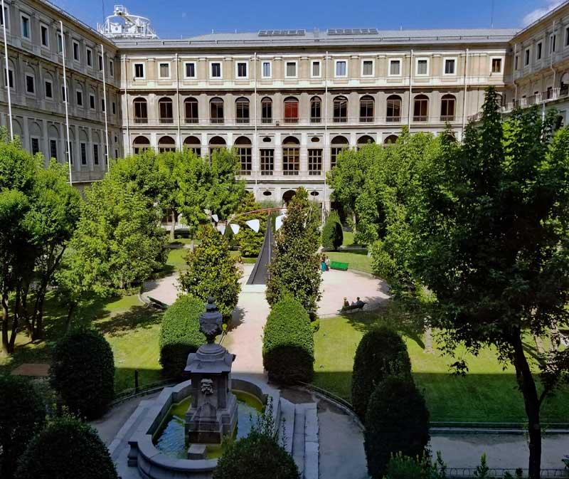 Sculpture garden that has a great Alexander Calder piece on view.