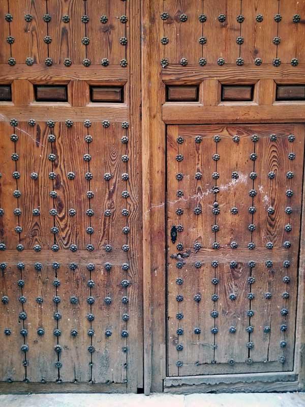 A great portal with entry door in Toledo.