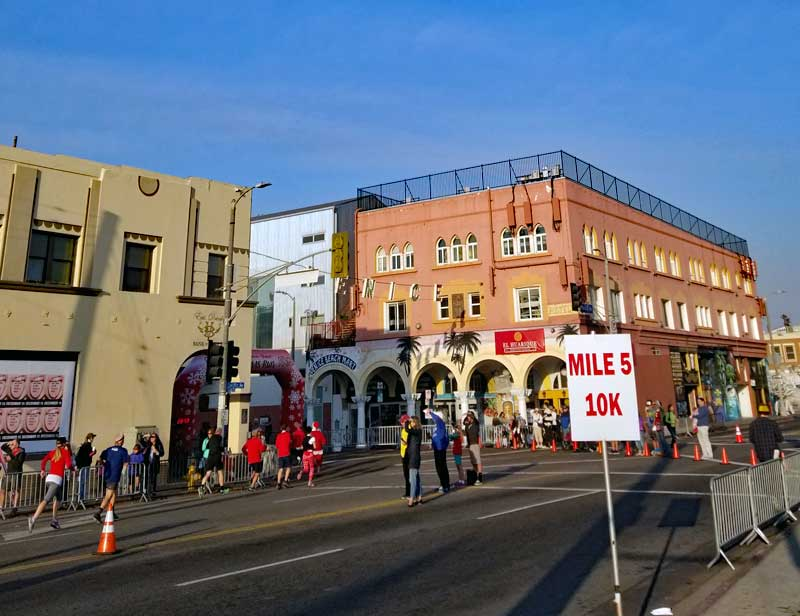 Santa Monica Venice Christmas Run end of course in Venice at Pacific and Windward Avenues.