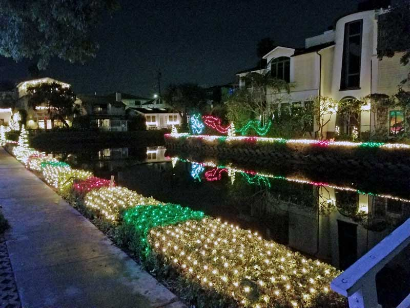 More Holiday Cheers from Venice, the Christmas lights are up on Grand Canal