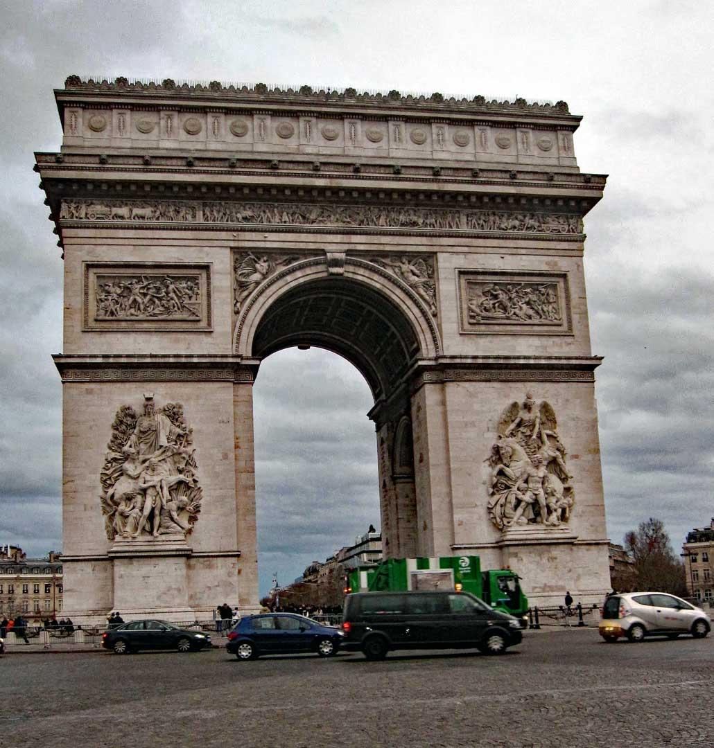 Arc de Triomphe.