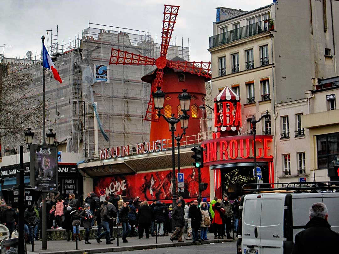 Le Moulin Rouge in Montmartre.
