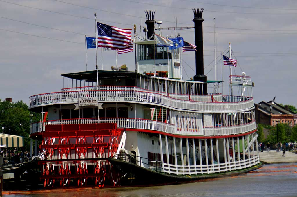 Nachez, New Orleans only steamboat.