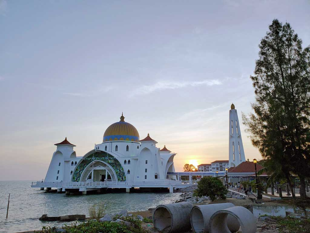 Floating Mosque in Melaka Malaysia on July 25 at 19:13