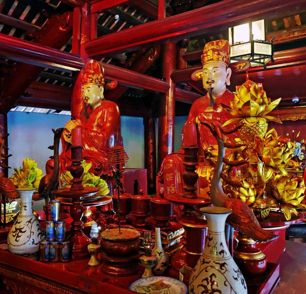 Two of Confucius disciples.