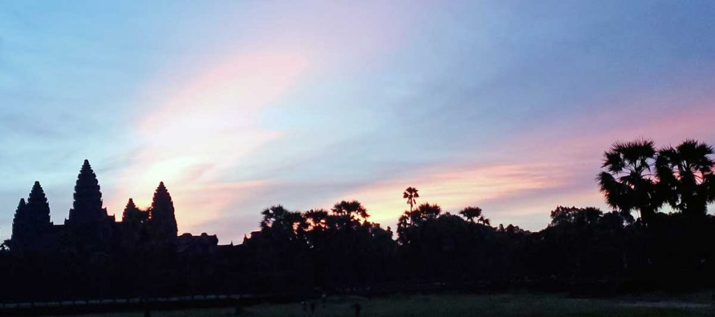 Angkor Wat at sunrise V2.