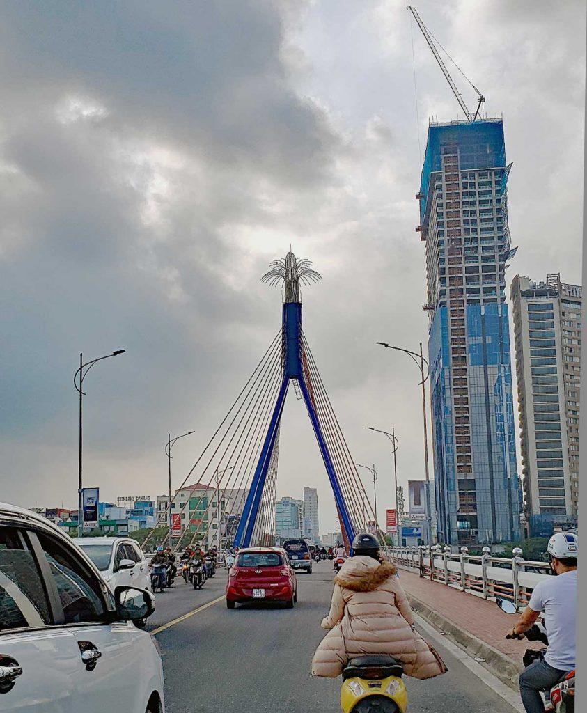 Han River swing bridge.