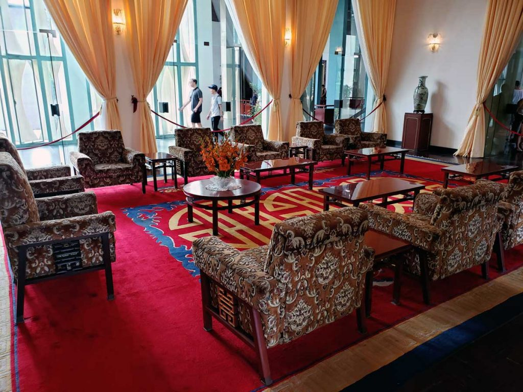 This is a formal reception room where  the President would, for instance, receive foreign diplomats that had been assigned to represent their countries in Vietnam.